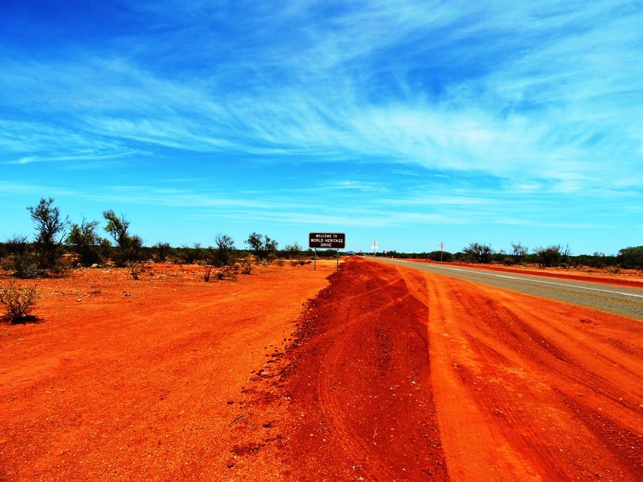 Australia guidare attraverso il rosso outback