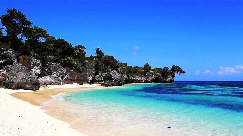 Pulau Liukang Loe i magnifici colori del suo mare