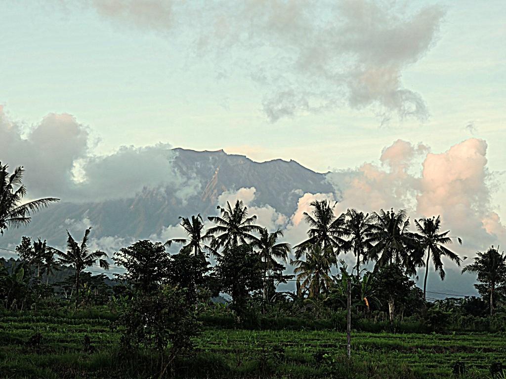 Bali tramonto nella zona di sidemen