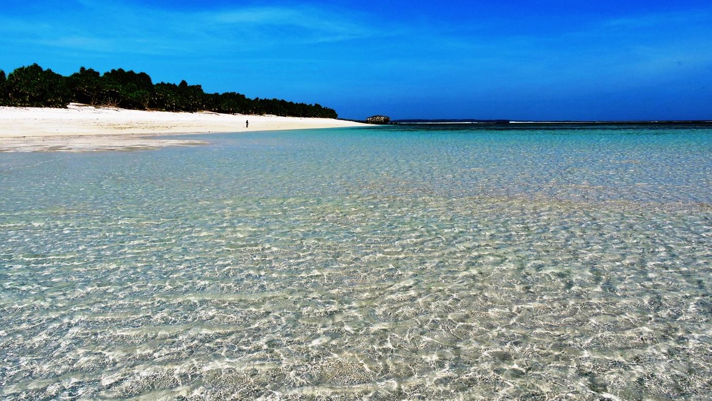 Rote laguna e spiaggia