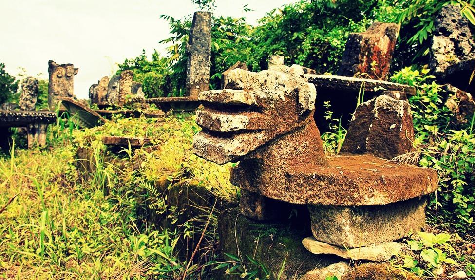 Nias pietre megalitiche e verde